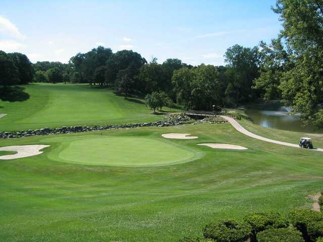 Plum Hollow Country Club In Southfield
