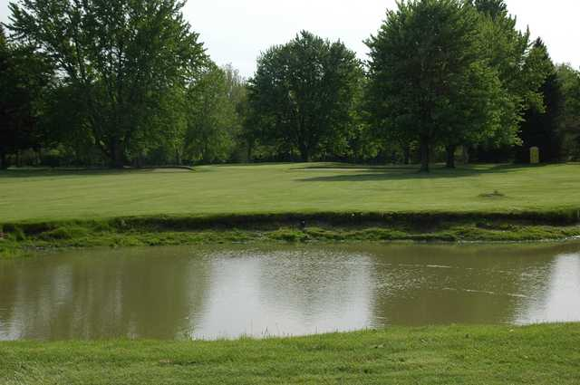 Hickory Hollow Golf Course In Macomb