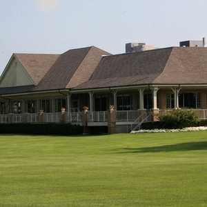 Fox Hills GC - Golden Fox: clubhouse