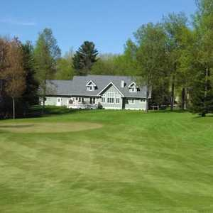 Lakewood on the Green GC: Clubhouse