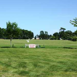 Singing Bridge GC: Driving range