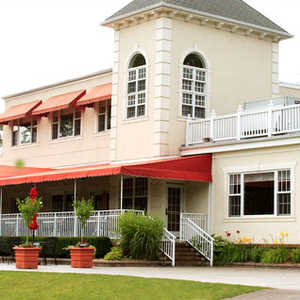 Red Run GC: Clubhouse