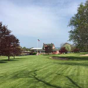 Manistee GCC: Clubhouse