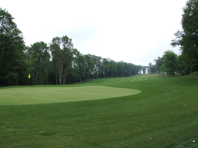 Golfers hit the motherload with The Mines Golf Course in ...