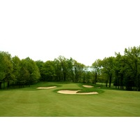 Shepherd's Hollow Golf Club's 23rd hole is just 300 yards and drivable from the tee if you can skirt past bunkers.